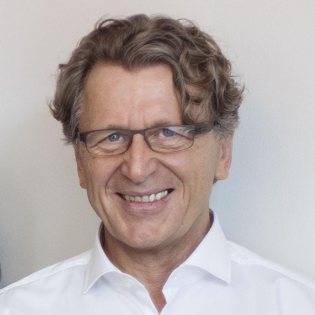 Dr. J. Fischer